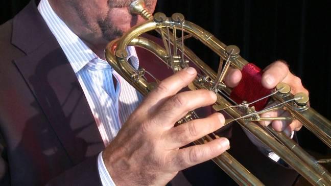 Markus Würsch playing the keyed trumpet.